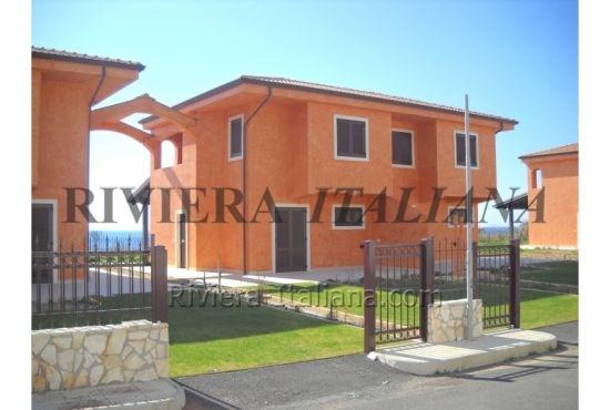 BEL V 045, Ville di nuova costruzione vicino al mare a Belvedere Marittimo