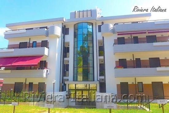 BEL 068, Appartamenti moderni e luminosi a Belvedere Marittimo