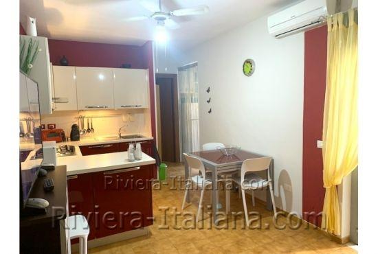 SCA 267, Central apartment in Scalea