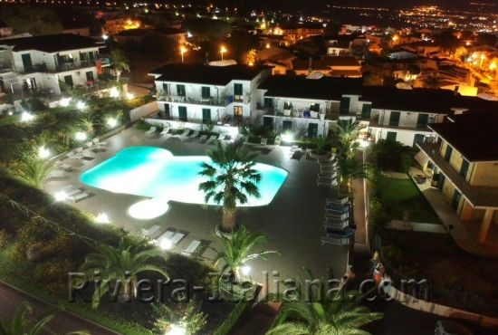 SCA 024, Apartments on a private complex with pool and panoramic views