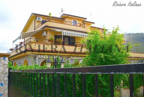 CIR 062, Villa quadrifamiliare a Cirella